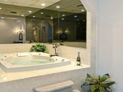 Hudson Valley Resort & Spa - Baths